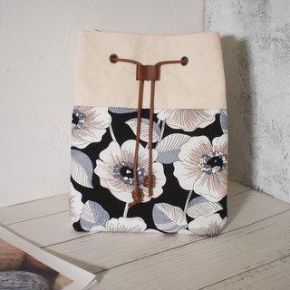 Traveler series Messenger bag / bucket bag / limited manual bag / black hibiscus / pre-order