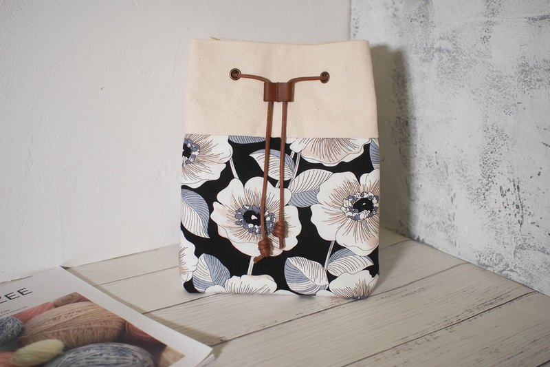 Traveler series cross-body bag / bucket bag / limited edition hand bag / black hibiscus / pre-order