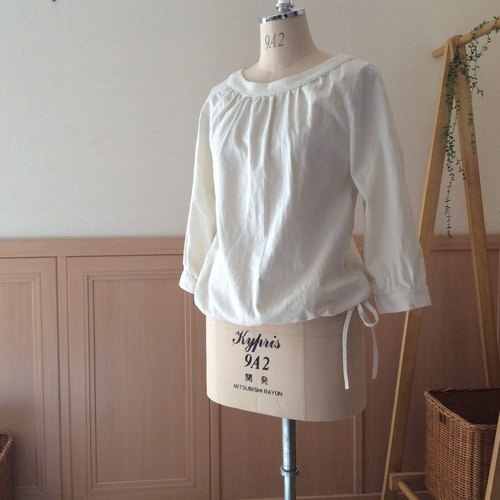 T-like order product / smock blouse (three-quarter sleeve) / cotton linen (ivory)