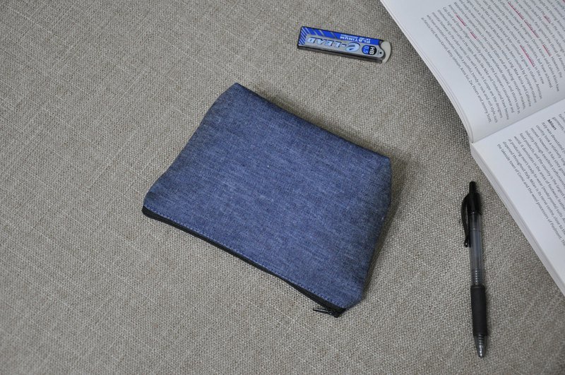ENDURE/2019/Chinese blue tannin / small size cosmetic bag / Japanese fabric