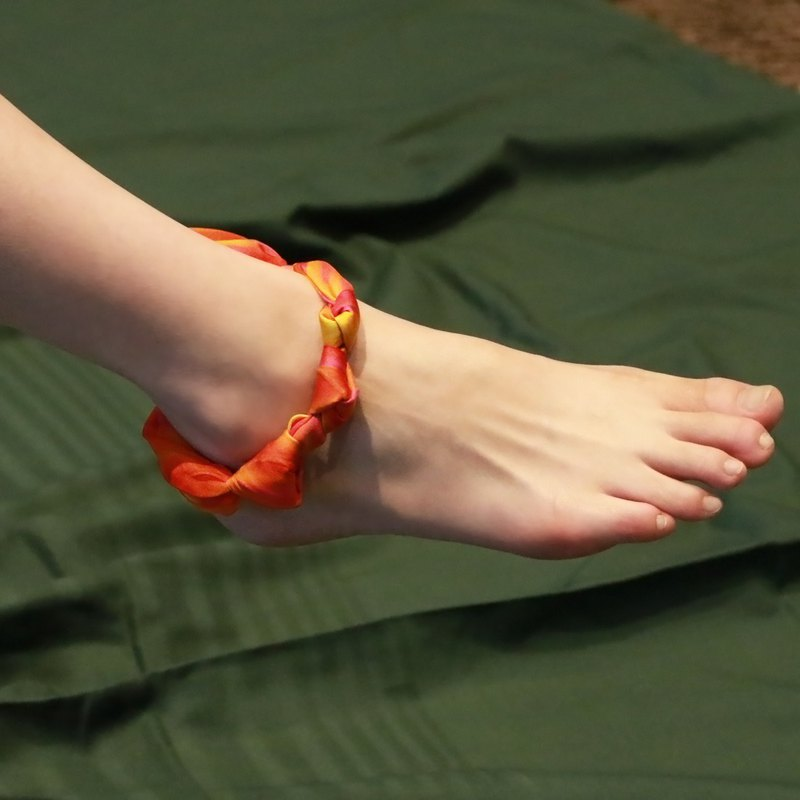 """L'Amour Caché Passion"" Paris secluded orange silk chiffon anklet"