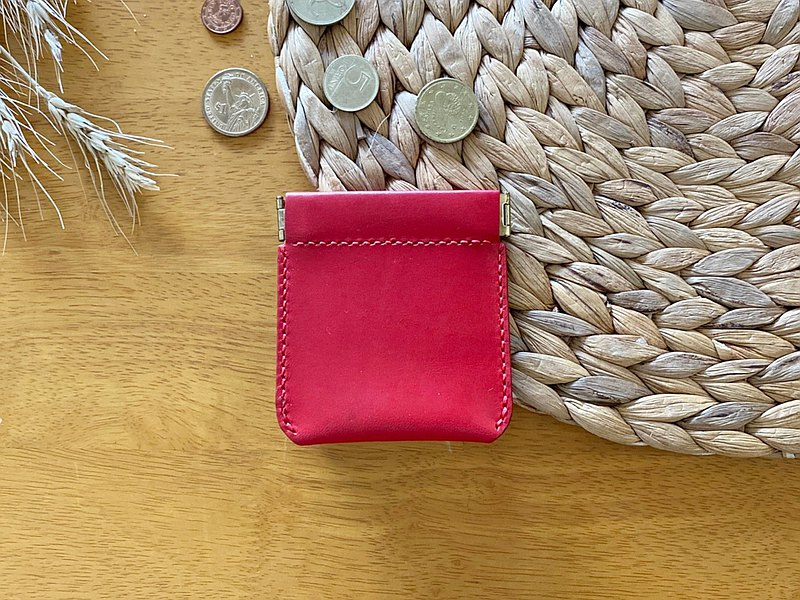 【Mini5】Lightweight carry-on coin purse/ Earphone storage bag (red)