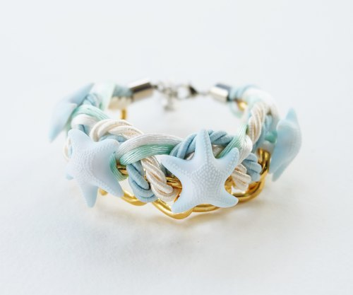 Cream Light blue starfish bracelet and gold chain