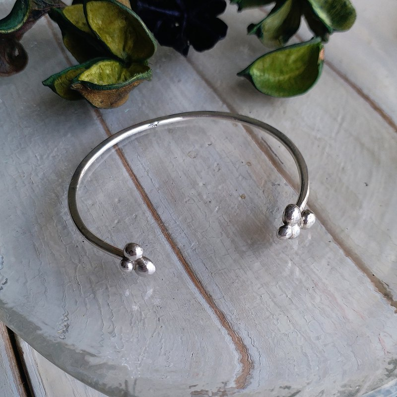 Winter Universe Series - Silver Star Adjustable Bracelet