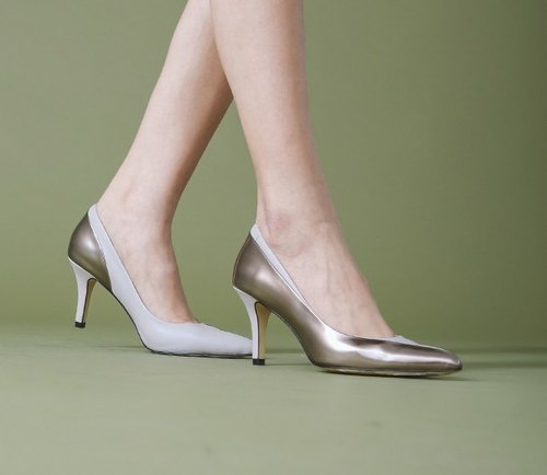 Inner streamline stitching leather pointed fine high-heeled silver gray