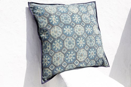 Christmas gift limited handmade woodcut printing pillowcase / cotton pillowcase / printing pillowcase / hand-printed pillowcase - indigo blue dye blue mosque