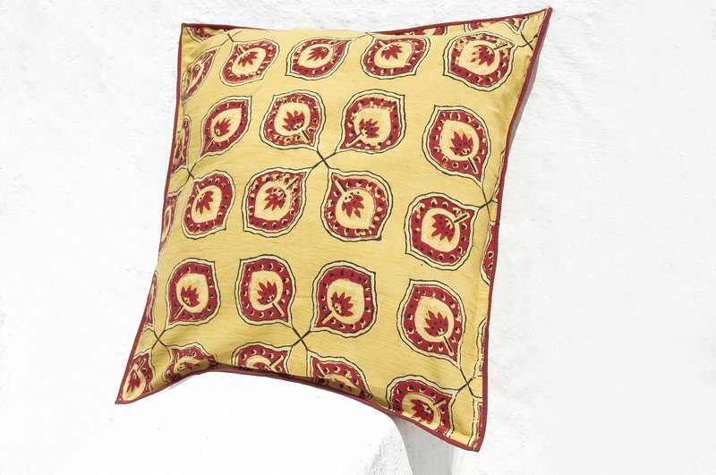 Christmas gift limited to a woodcut Indian pillowcase / cotton pillowcase / printing pillowcase / hand-printed pillowcase - woodcut engraved Morocco earth natural flowers