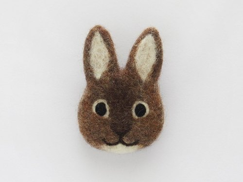 rabbit face felt brooch