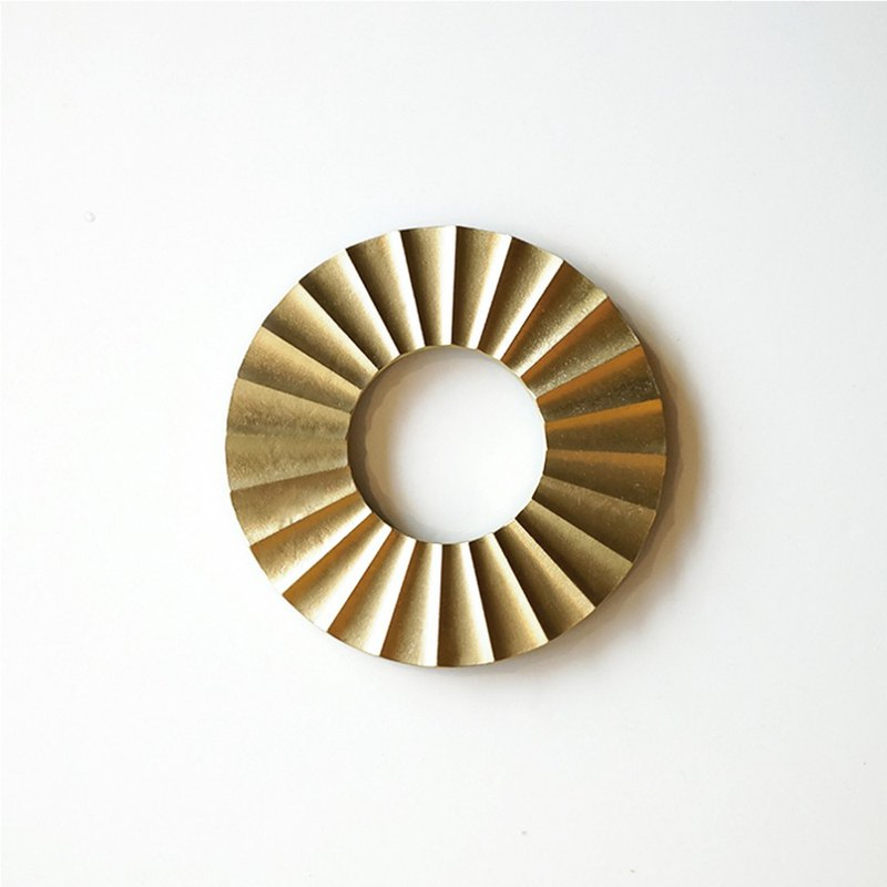 Hand cast brass insulation pad - sun | FUTAGAMI