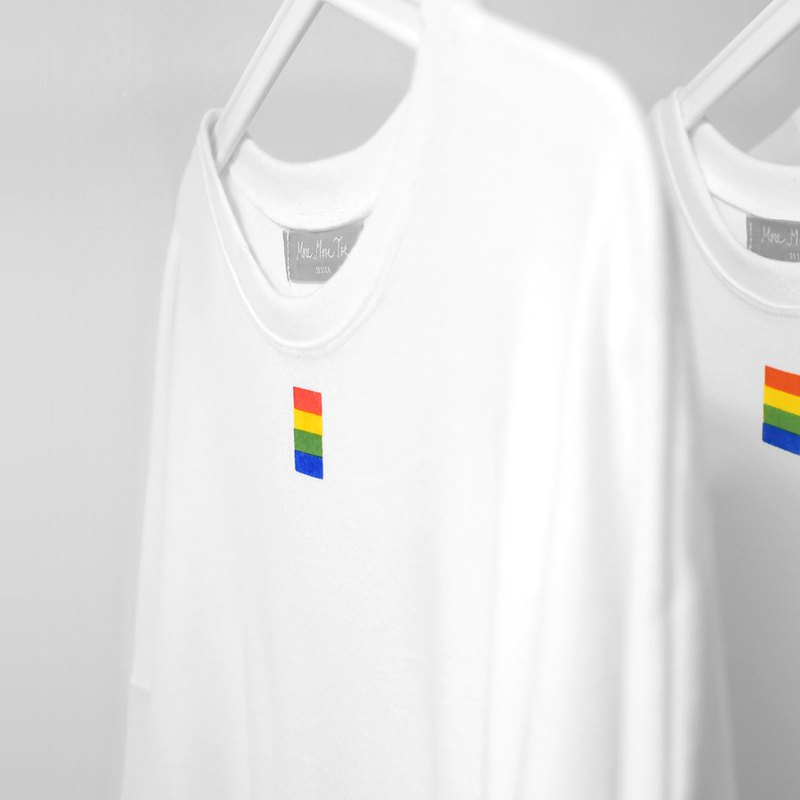 [Limited Ten Pieces] Small Square Rainbow - Cotton White Long T-Shirt