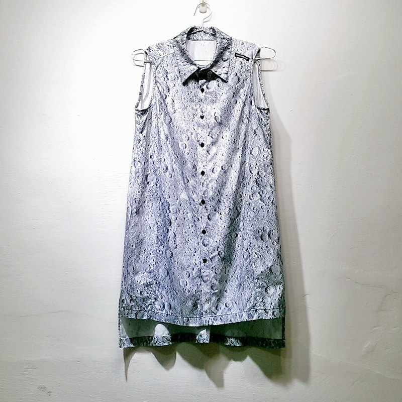 RAY77 GALAXY Moon printing neutral minimalist sleeveless loose shirt (female) Galaxy Starlight