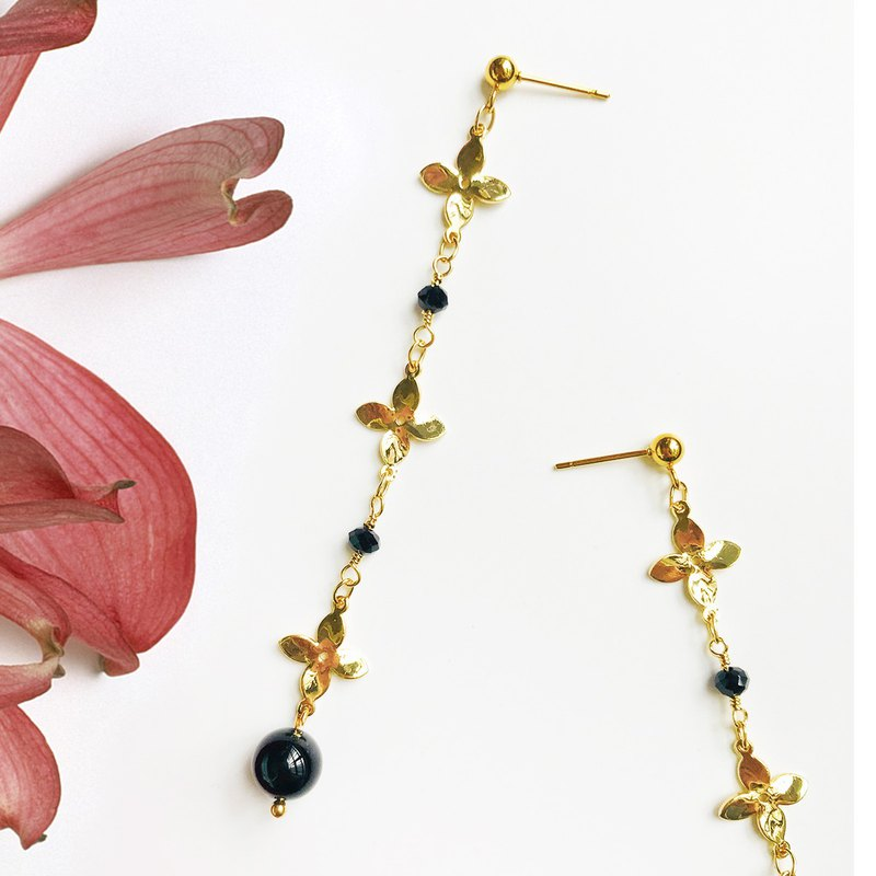 Romantic niche earrings flower original design black obsidian retro long paragraph handmade ear needle gentle