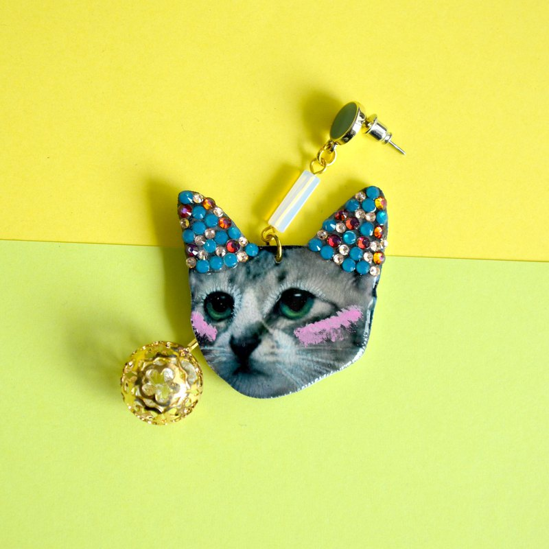 Exclusive-Cute Cat Photo Earrings with Swarovski Crystals