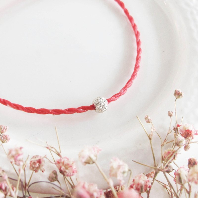 Big staff Taipa [monthly series] edge pull × red line wax rope bracelet snowflake beads suitable for those who are interested