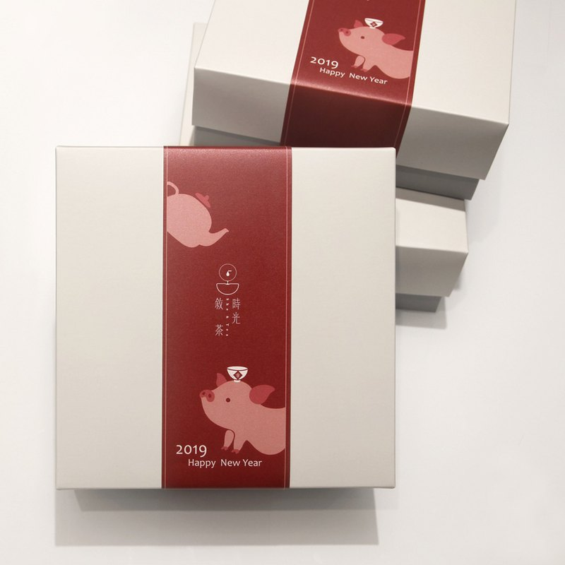/ Spring Festival Gift Box / Leaflet Red x Tea Gift Box
