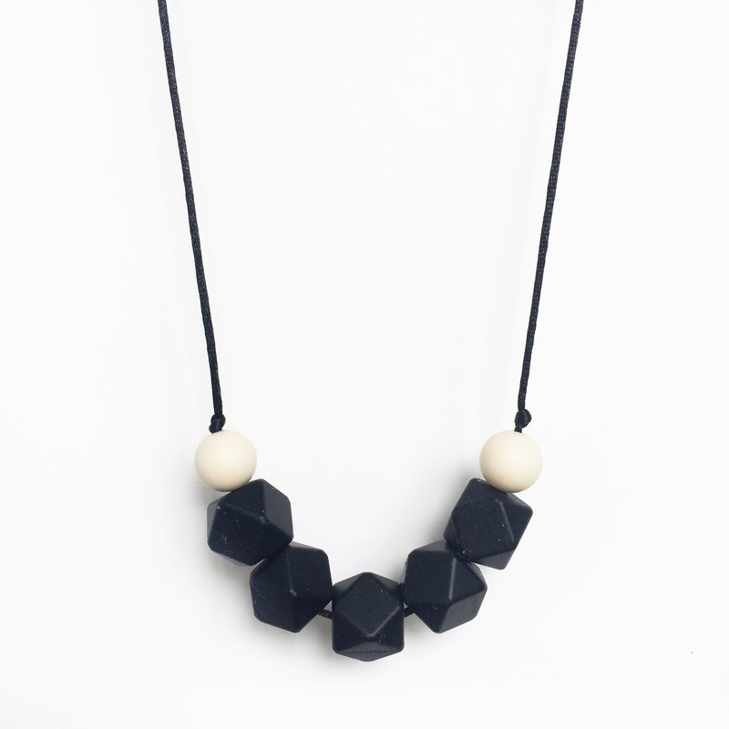 FERN SILICONE NECKLACE - BLACK