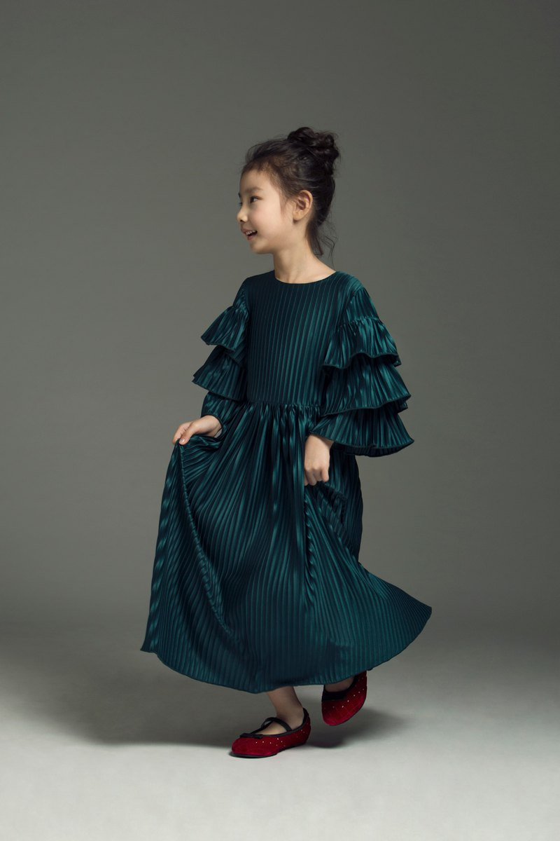 Tierred Sleeves Pleated Dress / FW2017