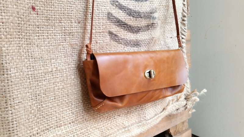 Vintage leather cowhide long tannin purse