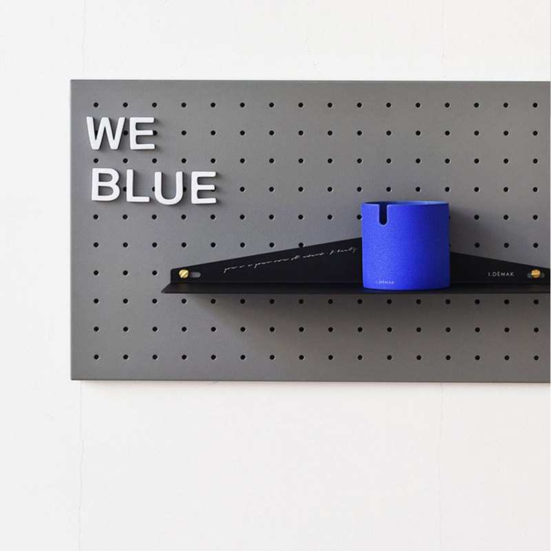 I.DEMAK x oroliving Klein Blue Ashtray