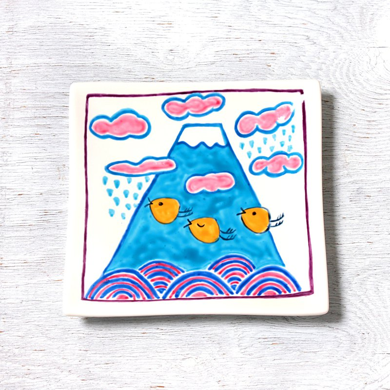 Pop Mt. Fuji and wave staggers / summer square dish