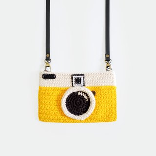 Crochet The Vintage Camera Purse/ Yellow Color