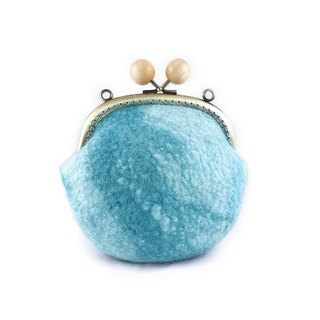 Good hand made · wool felt round three-dimensional blue and green mixed color wood mouth Kwan Cosmetic bag / light green