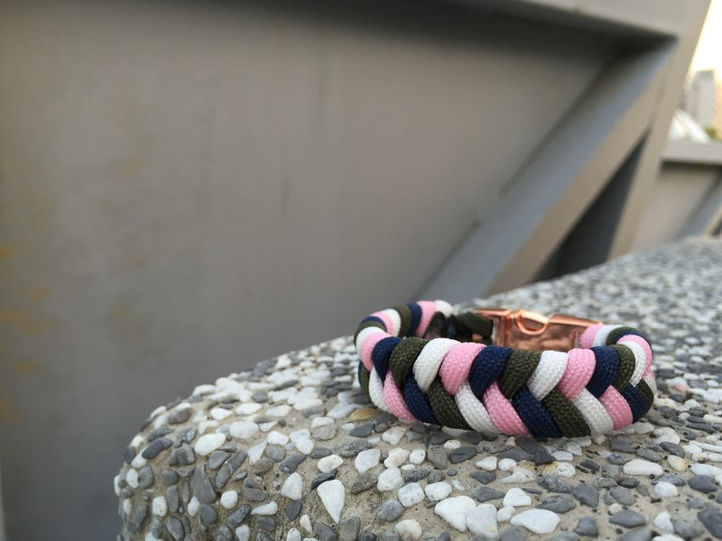 Circular Workshop/Customized Parachute Rope Bracelet/Four Color Fishtail - Japanese 04