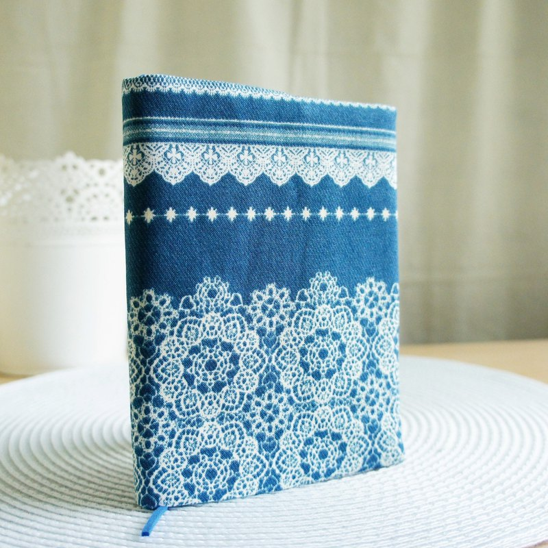 Lovely Japanese cloth [blue lace double-sided cloth book] book cover A6 log, portable book, hand account