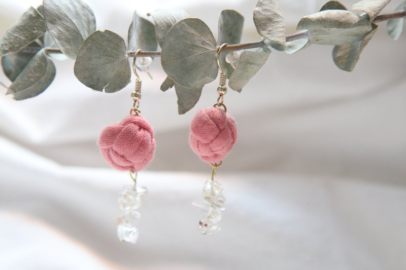 Cloth ball crystal earrings ear clip | pink | can be customized