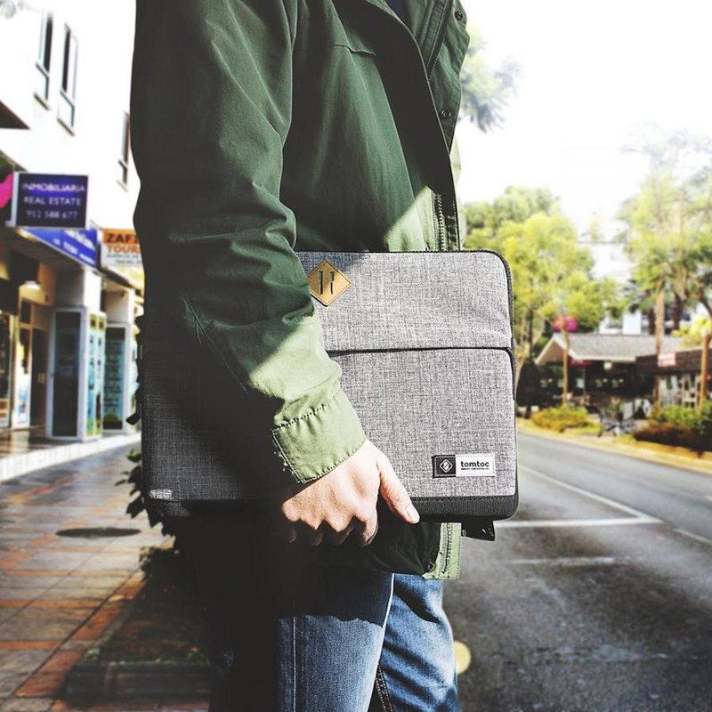 Fashionable, grey pencil case for MacBook Pro 13吋