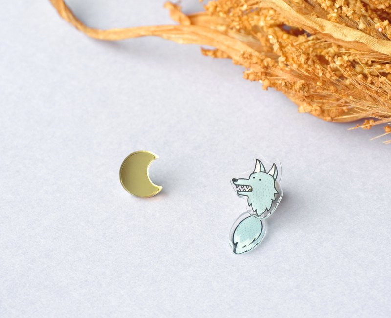 Moon and Wolf Man's Earrings