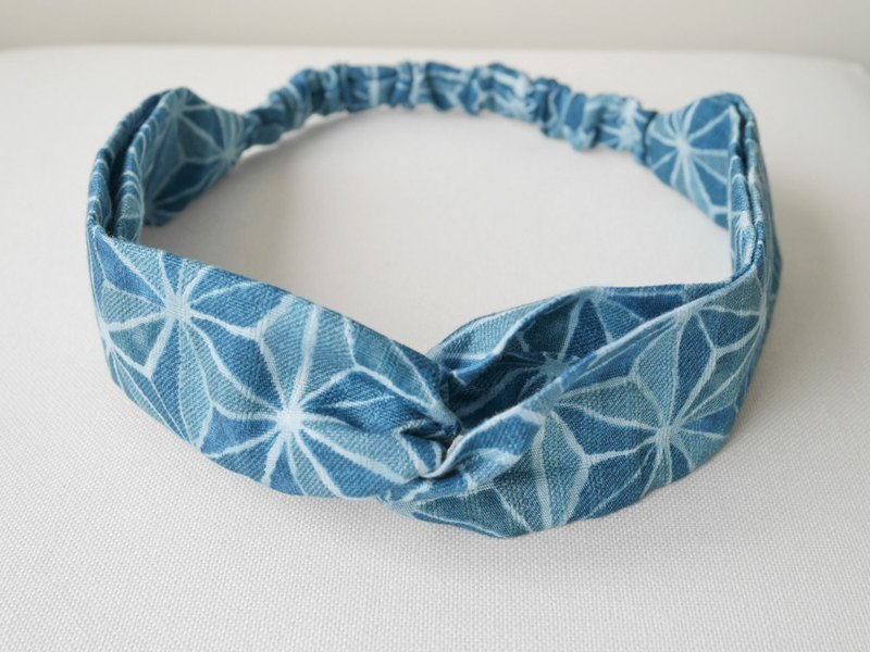 Blue radiation star print hair band