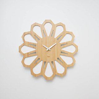 LOO Bamboo Wood 70s Retro Floral Wall Clock White