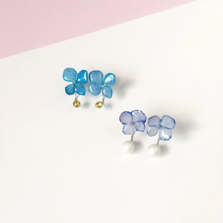 *Haku‧Neko*hydrangea flowers after real crystal pearls Rhinestones Stud Earrings Ear (true three-dimensional flower) <blue with yellow flash Shiershan care section>