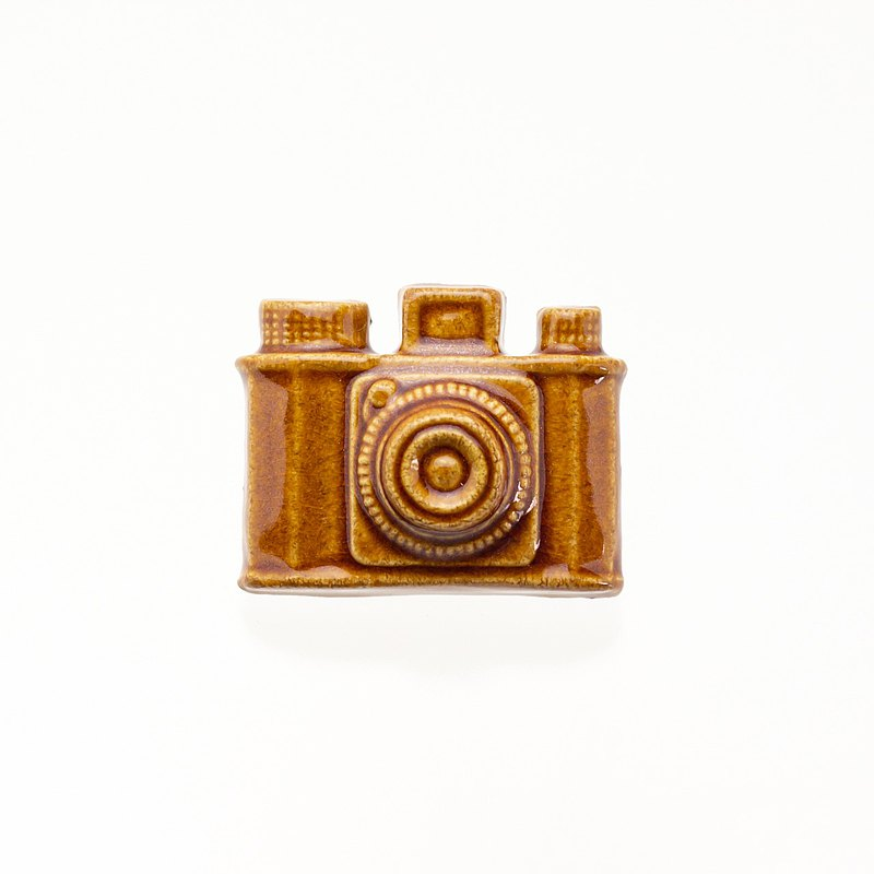Pottery Brooch Camera (Candy)