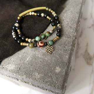 Green and greenish ... small turquoise African turquoise. Black agate. Day eye agate. Class point stone. Brass. Metal. Men and women fit neutral double bracelet gift