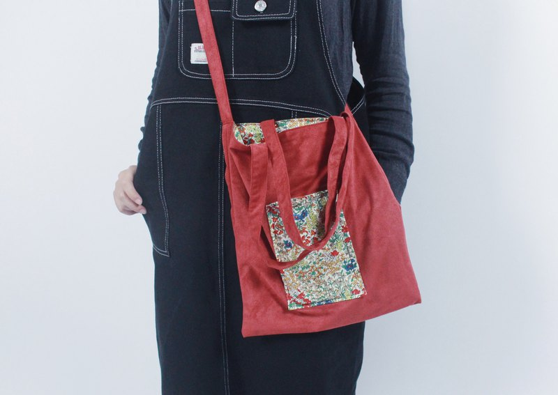 Take me to the garden - double bread, red suede, floral cloth