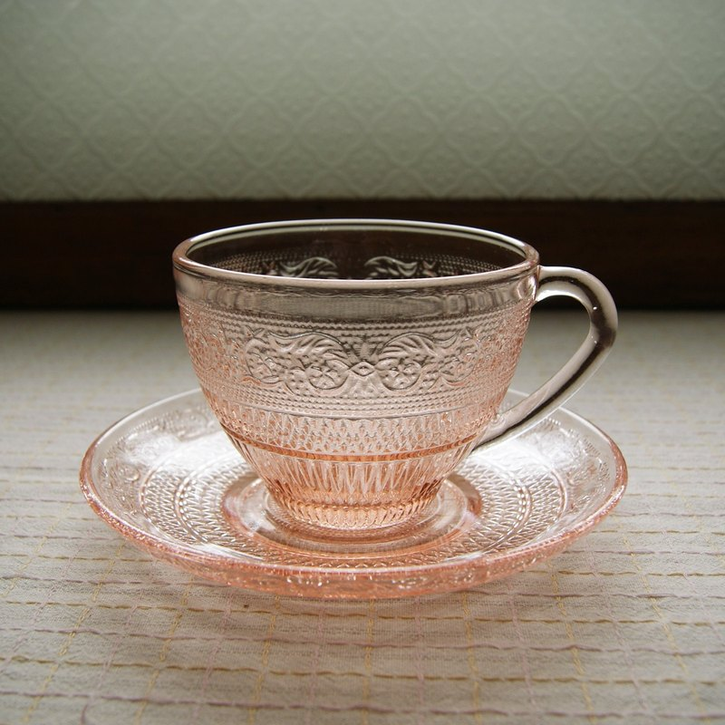 Early KIG Coffee Cup Dish Set - Pink Engraved (Tableware / Used Goods / Old Objects / Glass / Totem)