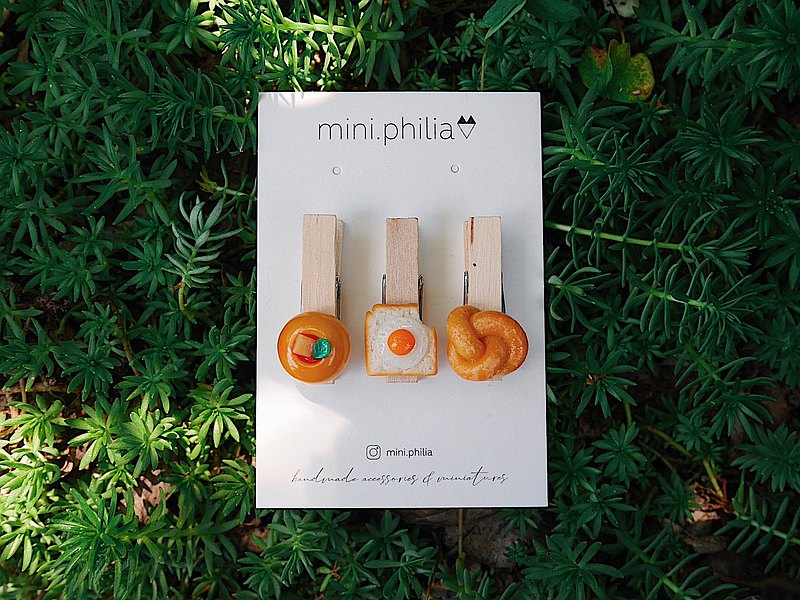 Mini Bread Handmade Clay Wood Clip Set A