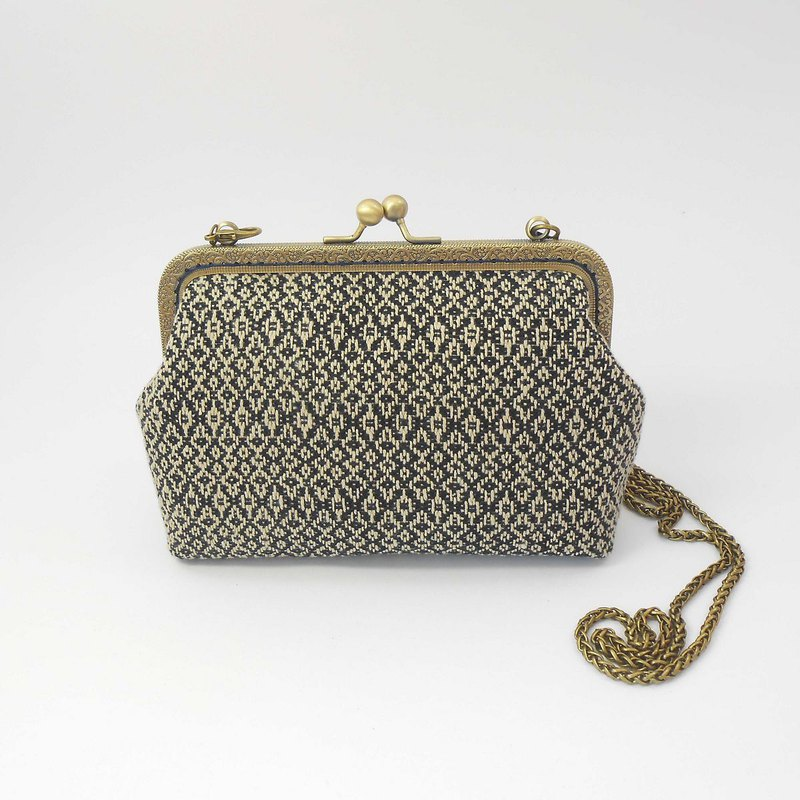 Hand-woven fabric 18cm oblique back gold bag 01