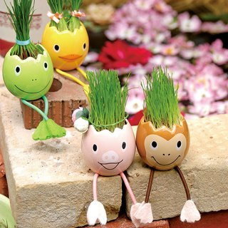 St. New Pottery Animal Shaped Egg Plant / Ryegrass (two models)