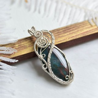 [玉墨] blood stone art copper wire woven pendant