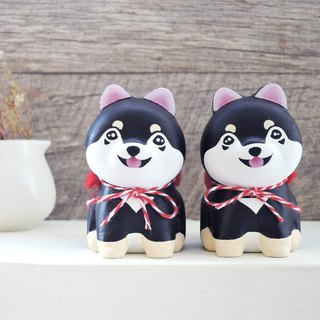 Smile, cute, small black firewood pen holder paper town wooden healing ornaments handmade small wood carving Shiba Inu