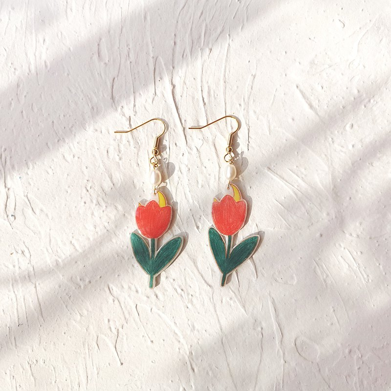Huajianyue Bingtang Heart Original Hand-painted Tulip Moon Hand-made Epoxy Earrings Clip Pearl Cute New Products