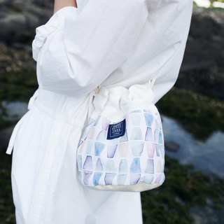 Side of the bucket bag _ gradient crystal (in stock)