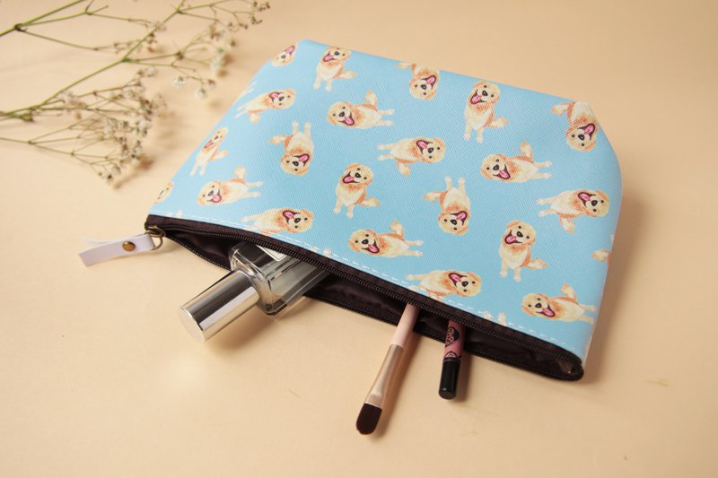Kiki Golden Retriever Cosmetic Bag