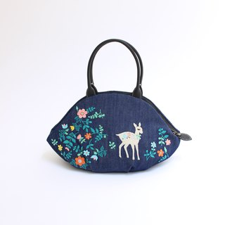 Bambi embroidery · almond bag