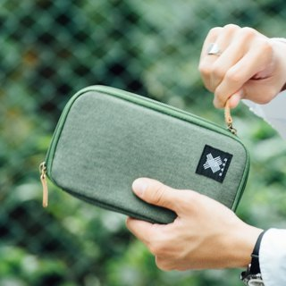 Green Urban Wallet / Pouch With Zipper