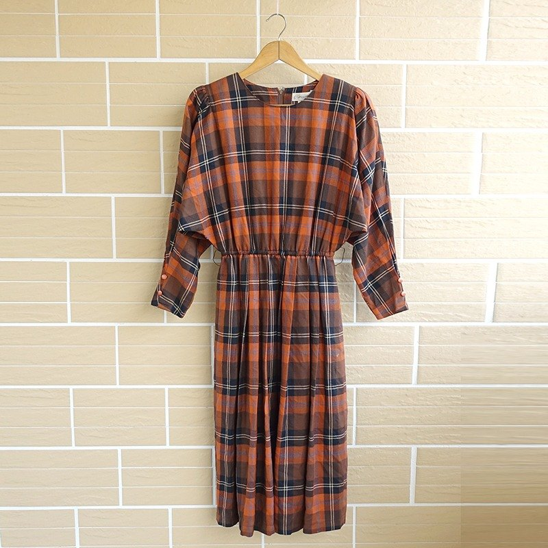 │Slowly│ Retro Plaid -.... Vintage retro dress │vintage Art Institute of wind sweet.
