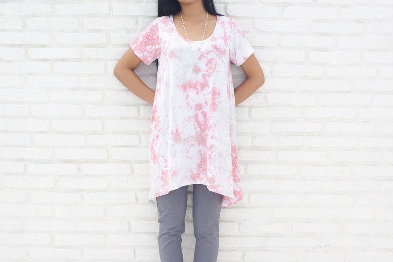 Uneven dyed A-line flare T-shirt <Pink Gray>